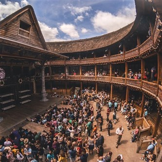 Shakespeare's Globe Tour and Lunch